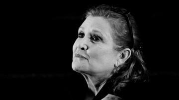"""27-12-2016 21:35 Carrie Fisher nie żyje - księżniczka Leia z """"Gwiezdnych wojen"""""""