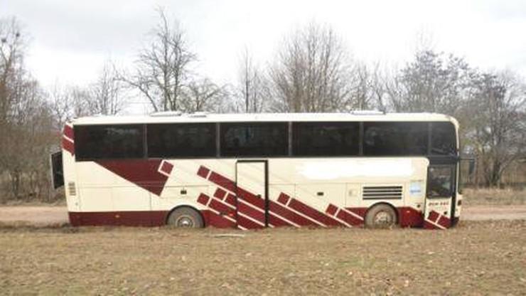 Ukradł autobus, żeby pojechać do dziewczyny. Wybranka jest jednak nieczuła na amory