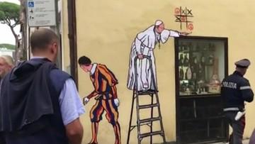 24-10-2016 07:43 W Rzymie niezadowolenie po usunięciu muralu z papieżem Franciszkiem