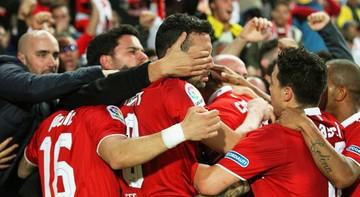 2017-02-18 Sevilla nie dała szans Eibarowi, 2:0 po dwóch asystach Joveticia