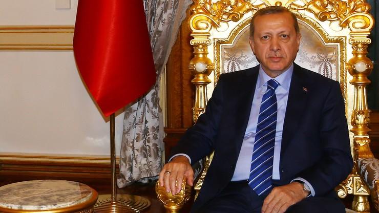 Erdogan: stan wyjątkowy potrwa do czasu aż zapanuje spokój