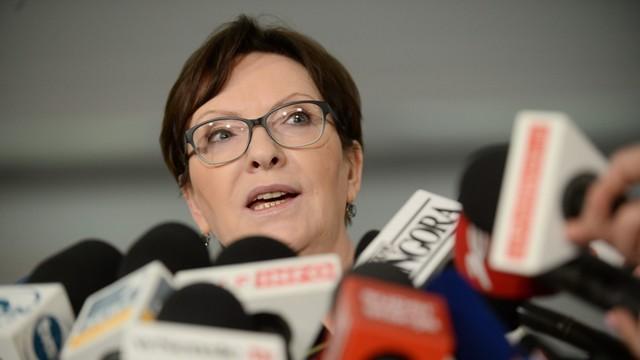 Kopacz: Rząd PiS stawia się ponad prawem