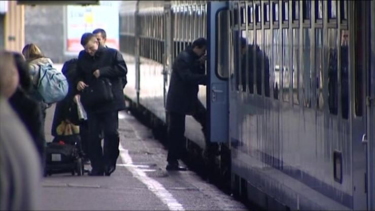 """""""Promowanie komunizmu"""" i """"pogańskich bóstw"""" - poseł Andruszkiewicz o nazwach pociągów w Polsce"""
