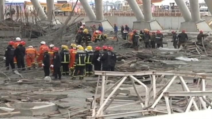 Zawaliło się rusztowanie na budowie elektrowni w Chinach. Co najmniej 67 osób nie żyje