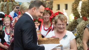 11-09-2016 11:56 Para prezydencka w Spale. Rozpoczęły się tradycyjne Dożynki Prezydenckie