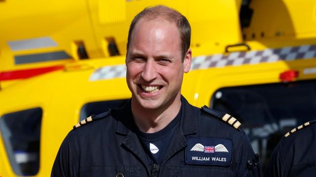 Książę William kończy służbę w lotniczym pogotowiu