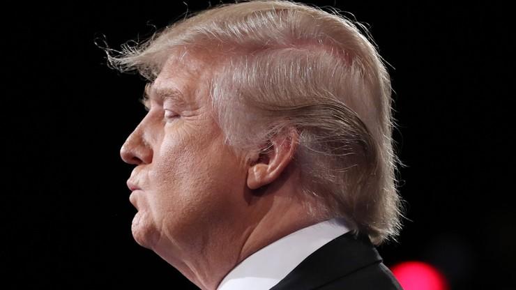 Jechał z tekturową głową Trumpa - zapłacił mandat