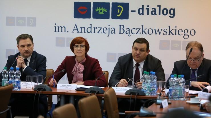 Podatek od handlu. Nie ma opinii Rady Dialogu Społecznego