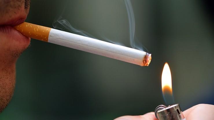 MZ: Całkowity zakaz reklamy wyrobów tytoniowych jest zasadny
