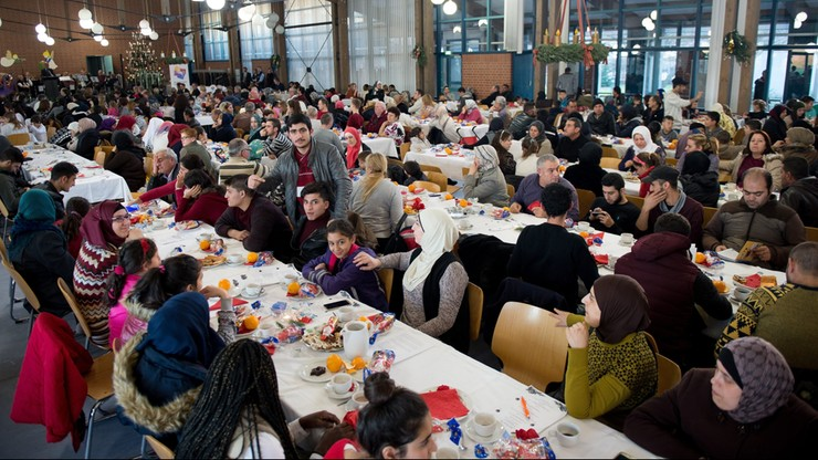 53 proc. Polaków nie chce uchodźców w kraju