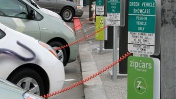 28-05-2017 17:36 Stacje ładowania samochodów elektrycznych w ulicznych latarniach - polski pomysł