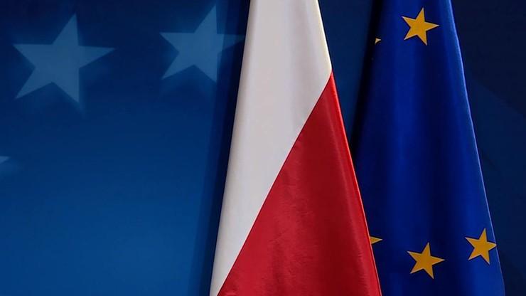 CBOS: Polska jest najbardziej prounijnym krajem w Grupie Wyszehradzkiej