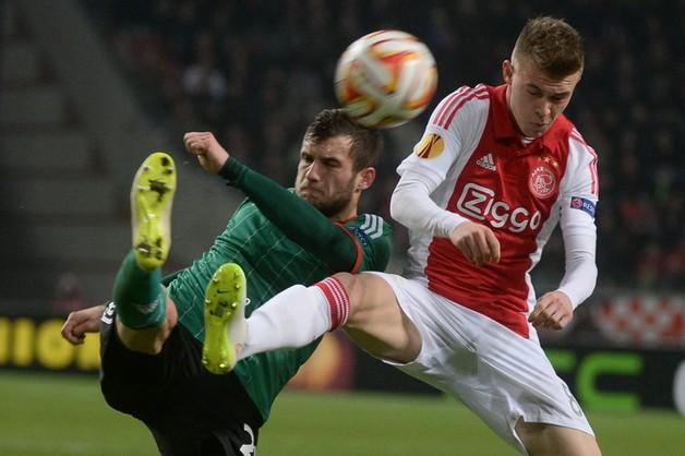 Legia przegrała z Ajaxem