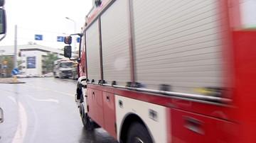 15 jednostek straży pożarnej gasiło pożar hurtowni w Dąbrowie Górniczej