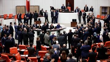 21-01-2017 06:23 Turcja: parlament zgodził się na system prezydencki; referendum wiosną