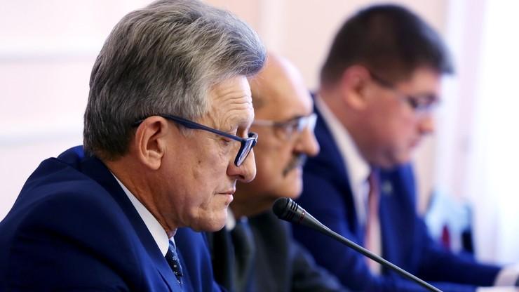 """""""Prezes TK i nawoływani przez niego prawnicy wywierają presję na parlament"""". Piotrowicz o apelu do prezydenta"""