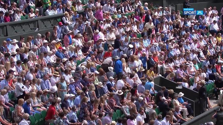 Zasłabnięcie w półfinale Wimbledonu. Sędzia zadzwonił po pomoc medyczną