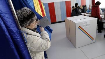 11-12-2016 22:54 Rumunia: rządząca Partia Socjaldemokratyczna wygrała wybory według sondaży exit poll