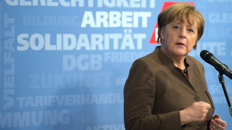 Były premier Bawarii do Merkel: niszczysz Europę