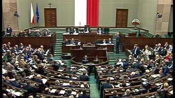 22-12-2015 22:08 Ostra wymiana zdań podczas głosowań nad projektem nowelizacji ustawy o TK