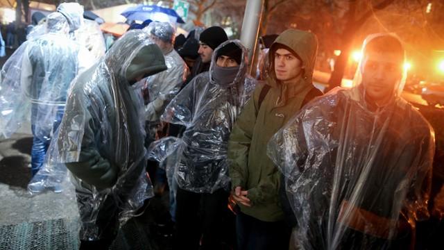 Niemcy: Rząd liczy się w tym roku z pół milionem uchodźców