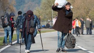 28-10-2015 18:32 Rzeka ludzi wciąż płynie z Austrii do Niemiec