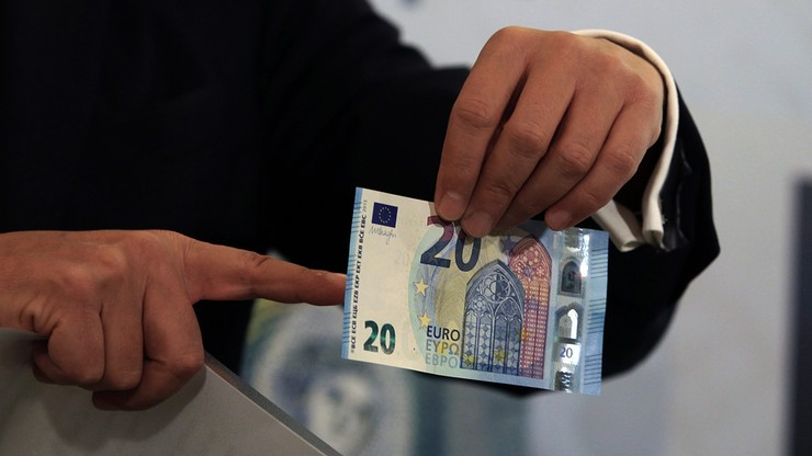 Nowy banknot 20 euro zaprezentowany. Do obiegu trafi w środę
