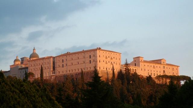 Włochy: służby skonfiskowały majątek byłego opata z Monte Cassino