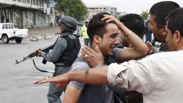 20-04-2016 12:04 Afganistan: do 64 wzrosła liczba zabitych w zamachu w Kabulu