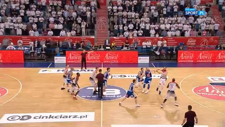 Anwil Włocławek - Energa Czarni Słupsk 72:70. Skrót meczu
