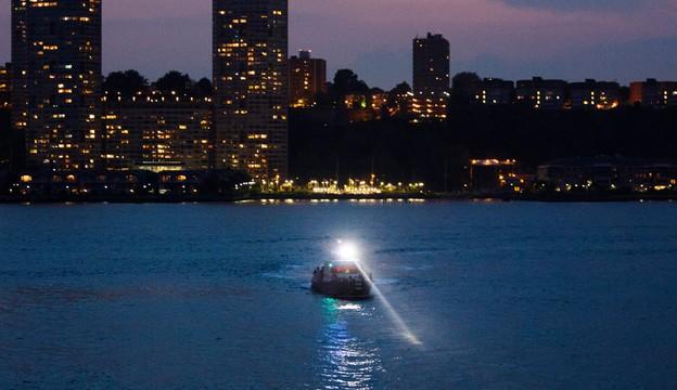USA: zabytkowy samolot spadł do rzeki Hudson, pilot zginął