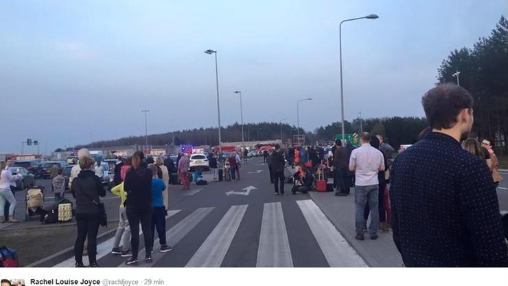 Ewakuacja dwóch warszawskich lotnisk. Policja zatrzymała podejrzanego