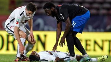 07-05-2016 09:48 Tragedia podczas meczu rumuńskiej ligi. Nie żyje kameruński piłkarz Patrick Ekeng