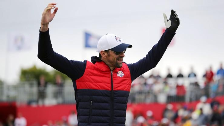 Michael Phelps otrzymał owacje na stojąco przed meczem... NFL