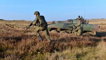 """Raport: Rosja mogłaby zacząć inwazję na Polskę """"w ciągu jednej nocy"""""""