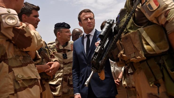 Pierwsza wizyta Macrona poza Europą. Francuski prezydent w Mali