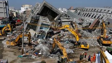 09-02-2016 09:50 Trzęsienie ziemi na Tajwanie: aresztowany deweloper, który zbudował zawalony wieżowiec. W ścianach puszki po oleju