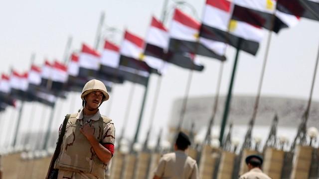 Egipt: Armia zapowiada dalszą ofensywę na półwyspie Synaj