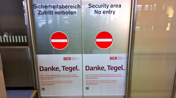 Odwołane loty w Berlinie i Stuttgarcie. Strajk ostrzegawczy na niemieckich lotniskach