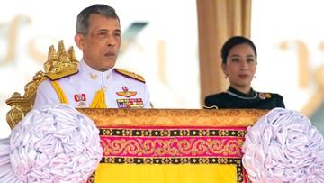 18-05-2017 08:43 Blokada Facebooka w Tajlandii z powodu zdjęć króla w skąpym podkoszulku