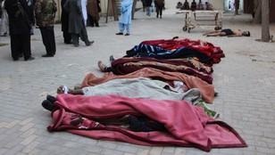 Atak na szkołę policyjną w Pakistanie. Zginęło 58 osób, ponad 100 rannych