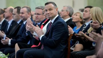 21-04-2017 05:41 Prezydent przyjął posłów PiS. Rozmawiali o zmianach w KRS