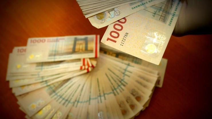 Gang hakerów rozbity. Ukradli z kont bankowych ponad 94 mln zł