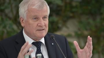 30-07-2016 19:09 Premier Bawarii: ograniczenie migracji warunkiem bezpieczeństwa tego kraju