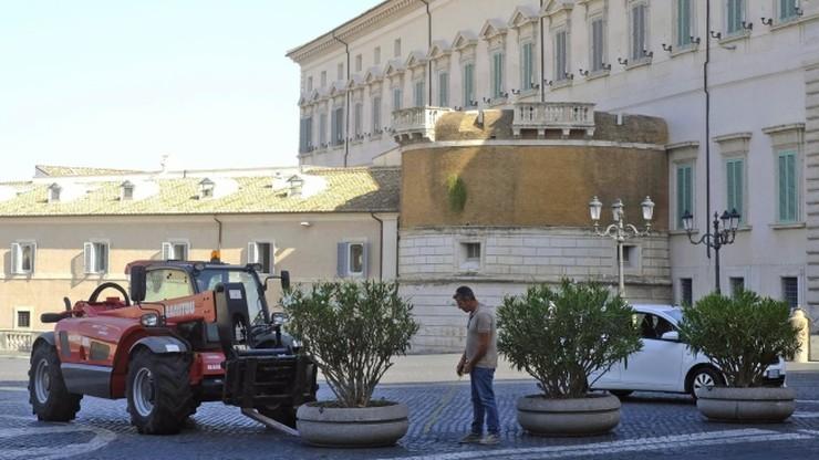 Antyterrorystyczne donice stanęły w centrum Rzymu