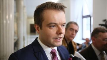 08-03-2017 11:54 Bochenek: wybór Tuska wbrew woli polskiego rządu to niebezpieczny precedens