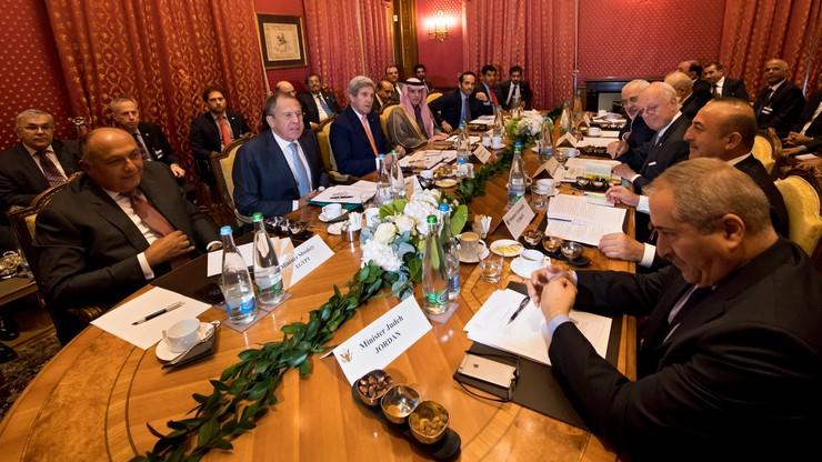 USA i Rosja chcą zakończenia wojny w Syrii. W Lozannie odbyło się spotkanie szefów dyplomacji obu państw