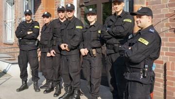 11-09-2017 10:16 Policjanci będą nosić kamery na mundurach. Jesienią ruszą testy
