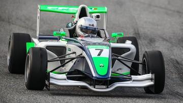 2016-11-06 Karkosik zaimponował na torze Formuły 1 w Barcelonie