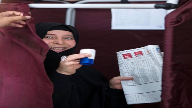 Turcja: rekordowa liczba kobiet w parlamencie